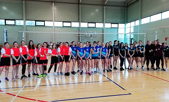 Igrzyska Młodzieży Szkolnej w piłce siatkowej  dziewcząt i chłopców