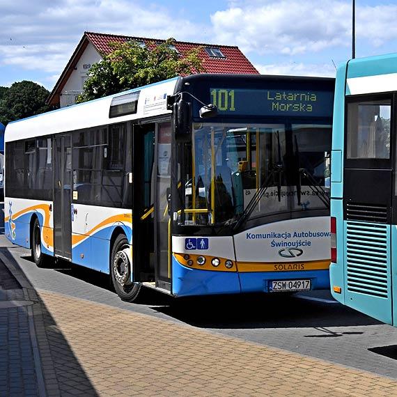 Nowa linia Komunikacji Autobusowej zachęca do zwiedzania atrakcji turystycznych Świnoujścia i Międzyzdrojów