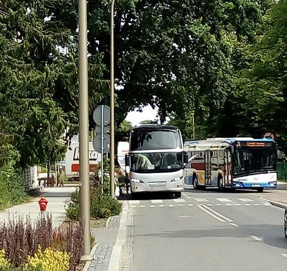 Czytelnik: Niemieccy kierowcy autokarów łamią przepisy
