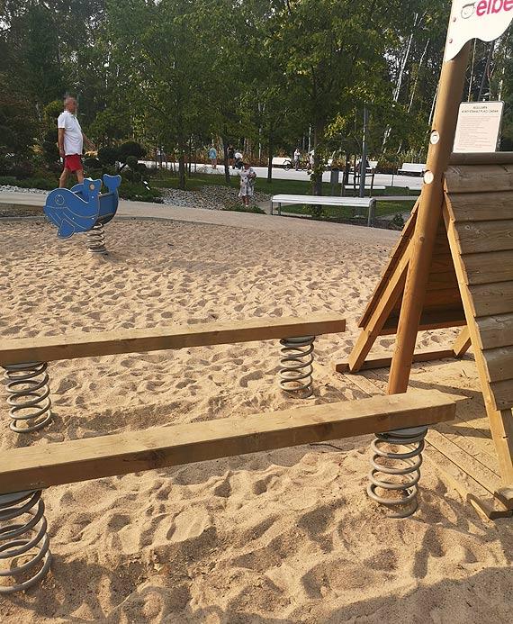 Mieszkanka: Zaniedbany plac zabaw