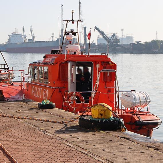 Kolizja łodzi pilotowej na Zalewie Szczecińskim