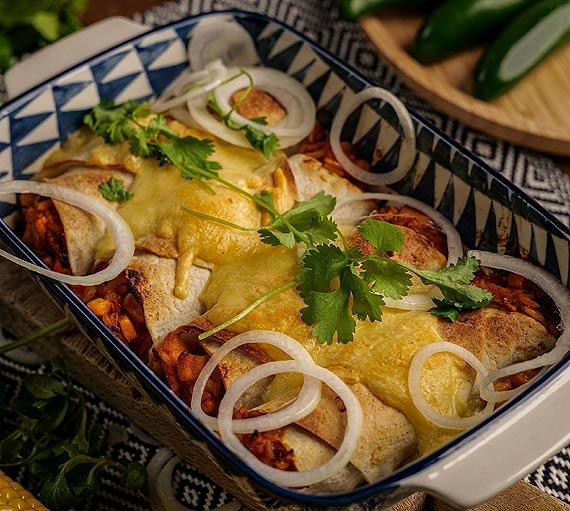 Przepis kulinarny Enchilada z ryżem i kurczakiem
