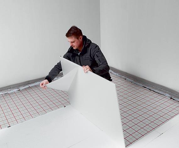Ciepło od stóp – rozważamy instalację ogrzewania podłogowego