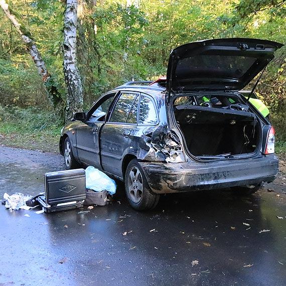 Policyjny pościg, porzucony samochód, uszkodzony radiowóz i strzały! To nie film! To wydarzyło się naprawdę!