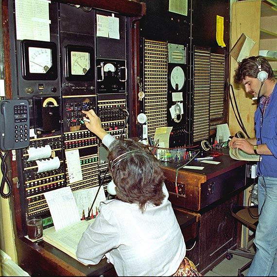 Tak było: Cyfrowa centrala telefoniczna zapoczątkowała Internet w Świnoujściu. Zobacz fotogalerię!