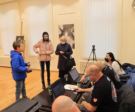 Wolontariusze 29 finału WOŚP rejestrowali się w bibliotece