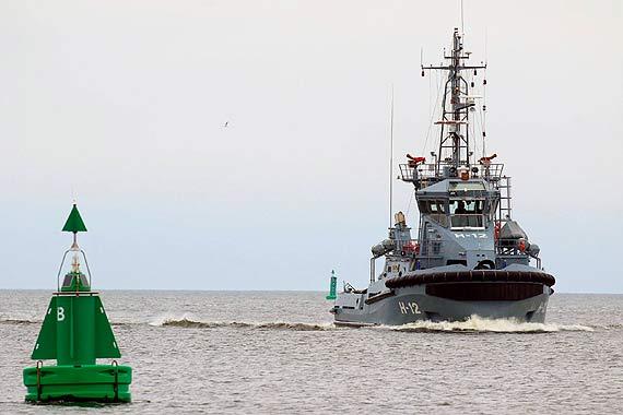 Holownik H - 12 Semko przypłynął do Świnoujścia. Rozpoczyna służbę w 8. FOW