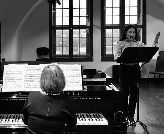 Pełen miłości recital rosyjskiej muzyki online - Opera na Zamku w Szczecinie