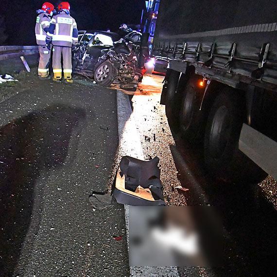 Groźny wypadek na DK3. Kobieta z audi A3 jest w bardzo ciężkim stanie. Zobacz film!