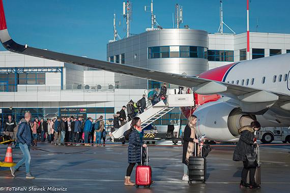 Rekordowy kwartał  4.010.324 pasażerów i 211.347 ton cargo