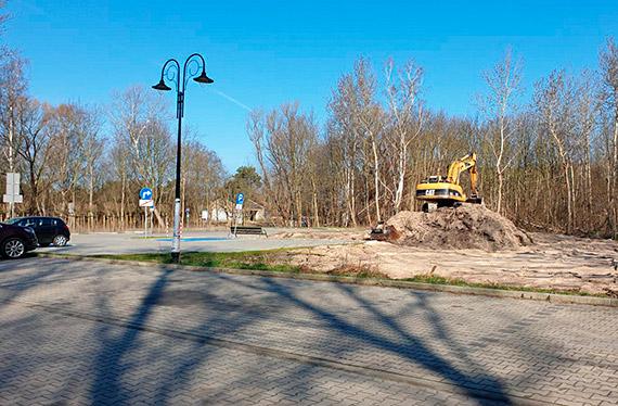 Parking na 46 miejsc, mała architektura, zagospodarowanie zieleni - tak będzie na końcu ulicy Uzdrowiskowej
