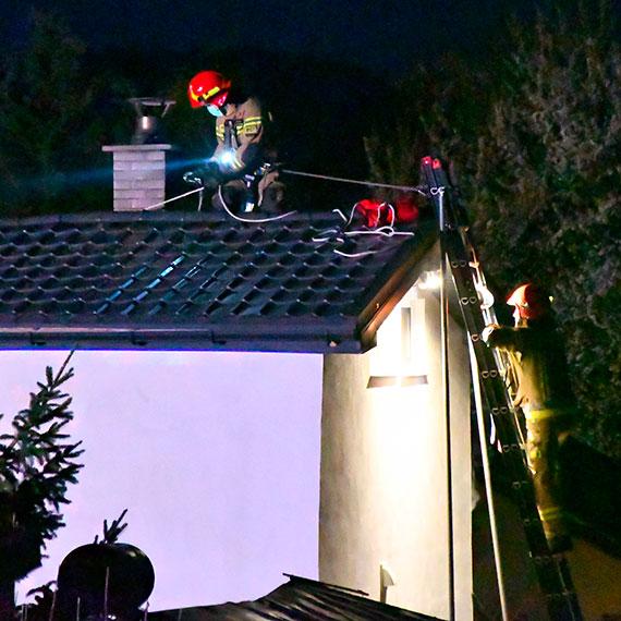 Pożar na działkach przy Szkolnej. 4 zastępy strażaków w akcji [1]