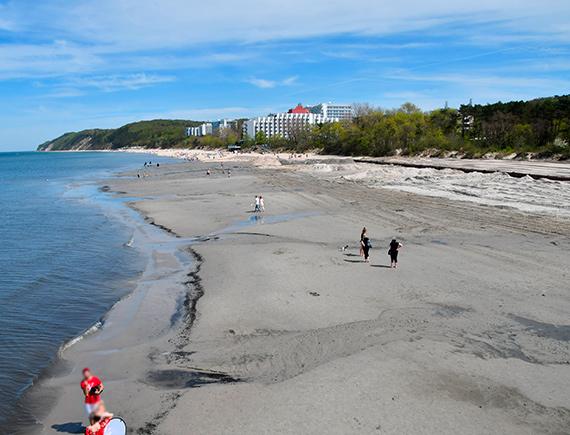 Nowa szeroka plaża w Międzyzdrojach. Zobacz film!