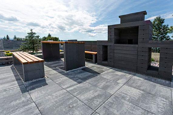 Stylowe ogrodzenia z bloczków betonowych – estetycznie i błyskawicznie