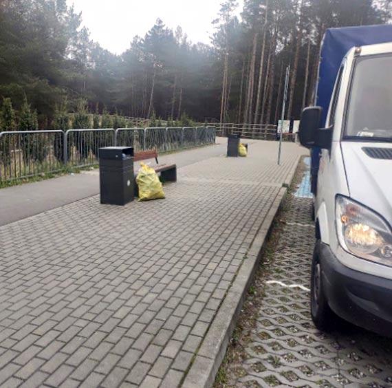 Parking pełen śmieci?-OSiR wyjaśnia i apeluje