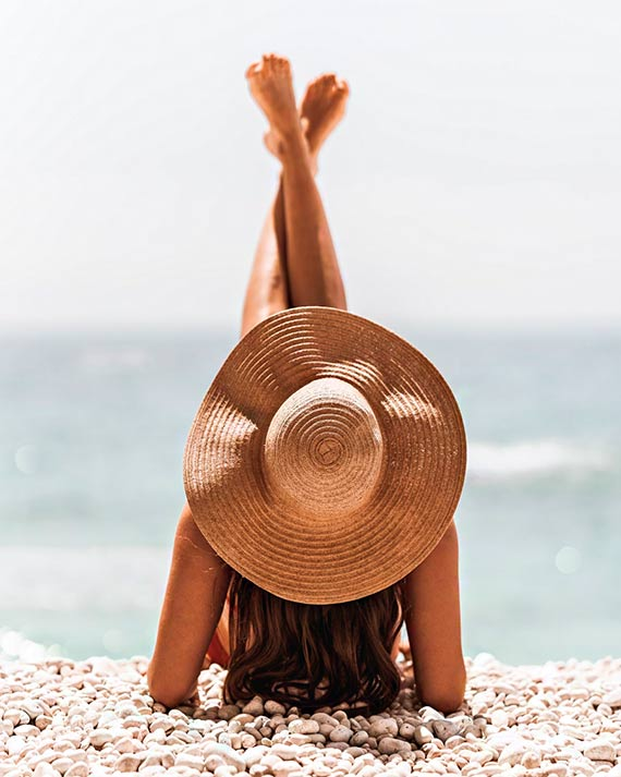 Bezpiecznie na słońcu - Krem, sztyft, mleczko, a może spray do opalania? Czym różnią się kosmetyki do opalania i które sprawdzają się najlepiej w praktyce