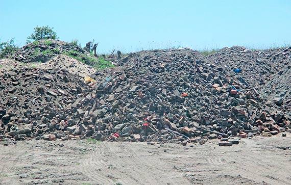 Za składowanie odpadów. Mieszkaniec prawobrzeża zapłacił 500 złotych mandatu