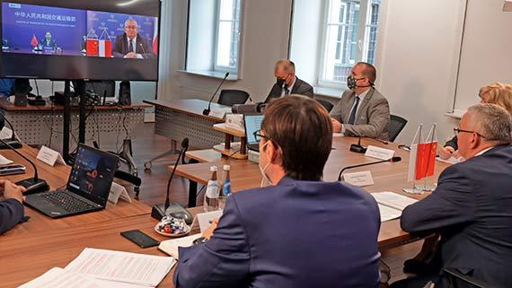 Polsko-chińskie rozmowy o współpracy w obszarze transportu