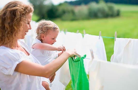 Kaufland rozwija zrównoważony asortyment i wprowadza do oferty tekstylia barwione wodooszczędną metodą dope-dyed