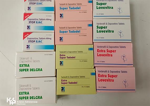 Nielegalne farmaceutyki w przesyłkach z Wielkiej Brytanii