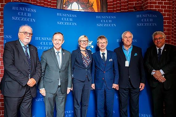 Delegacje czeskiego i polskiego senatu z wizytą na Pomorzu Zachodnim. Ważni goście i ważne sprawy
