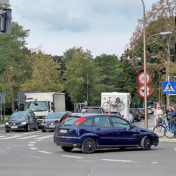 Gigantyczne korki w Świnoujściu, część miasta jest sparaliżowana! Panuje totalny chaos!