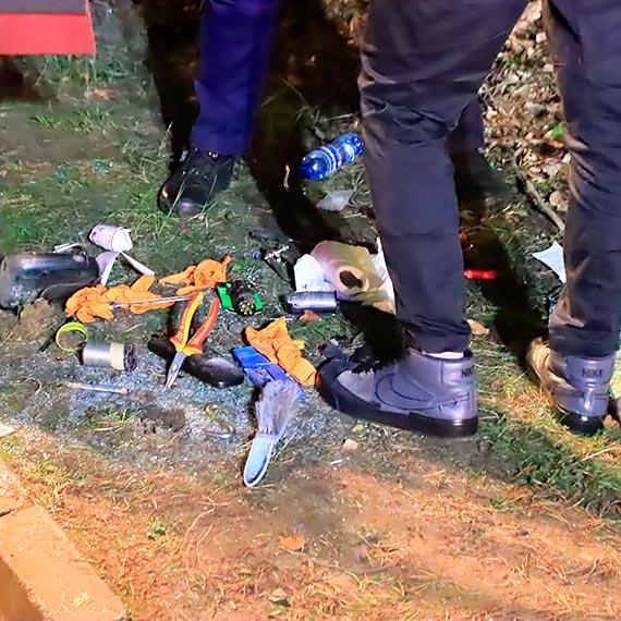 Policja poszukuje międzyzdrojskiego Rambo. Ranny oddalił się z miejsca wypadku! Może być uzbrojony! Zobacz film!